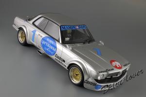 Прикрепленное изображение: Mercedes-Benz 450 SLC AMG ETCC 1978 Minichamps 107783201_05.JPG