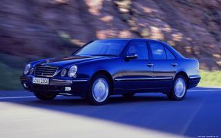 Прикрепленное изображение: Mercedes-Benz-E-class-W210-1999-1440x900-004.jpg