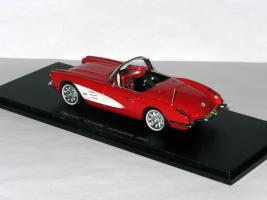 Прикрепленное изображение: Duesenberg Model D Exner-Ghia 1966 008.JPG