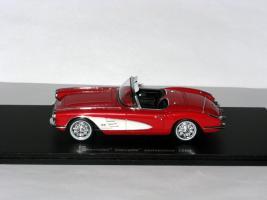 Прикрепленное изображение: Duesenberg Model D Exner-Ghia 1966 009.JPG