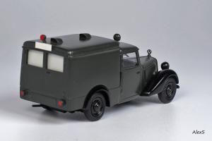 Прикрепленное изображение: Mercedes-Benz W136 1946 170 V Krankenwagen Hagele Кузнецов 016 2.jpg