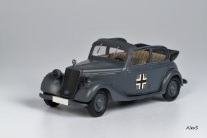 Прикрепленное изображение: Mercedes-Benz W136 1937 170 V Cabrio-Limousine 4-Turen Whermacht Кузнецов 008 1.jpg
