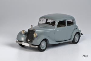 Прикрепленное изображение: Mercedes-Benz W136 1947 170 V Limousine 4-Turen Кузнецов 018 1.jpg