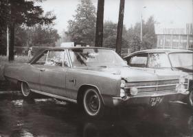 Прикрепленное изображение: Plymouth Sport Fury.jpg