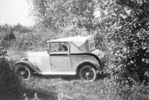 Прикрепленное изображение: Ur - Großvaters Auto DKW P 15 Cabrio Coupé 1928.jpg