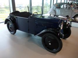 Прикрепленное изображение: DKW F1 Cabriolet 1931.jpg
