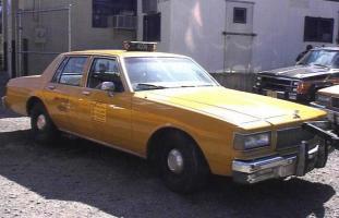 Прикрепленное изображение: 1987_Chevrolet_Caprice_New_York_Taxi_Cab.jpg