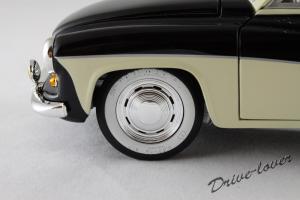 Прикрепленное изображение: Wartburg 311 Revell 08419_11.JPG