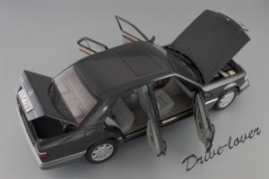Прикрепленное изображение: Mercedes-Benz E320 Autoart for Mercedes-Benz B66040508_09.JPG