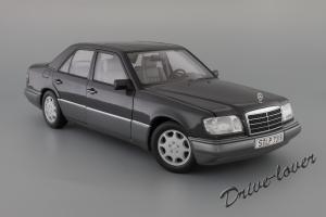 Прикрепленное изображение: Mercedes-Benz E320 Autoart for Mercedes-Benz B66040508_02.JPG
