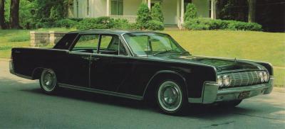 Прикрепленное изображение: 1964 Lincoln Continental.jpg