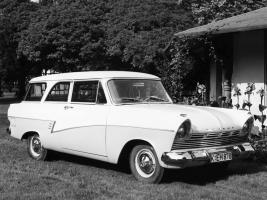 Прикрепленное изображение: Ford Taunus 17M(P2) Kombi - 1957.01.jpg