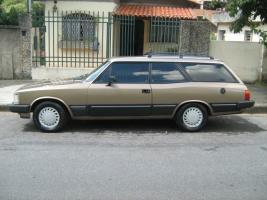 Прикрепленное изображение: Chevrolet Diplomata Caravan - 1979.01.jpg
