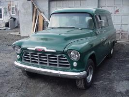 Прикрепленное изображение: Chevrolet Suburban Carryall - 1955.03.jpg