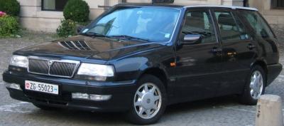 Прикрепленное изображение: Lancia Thema Station Wagon 3.0 V6 LX-1994.01.jpg