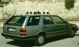 Прикрепленное изображение: Lancia Thema Station Wagon 3.0 V6 LX-1994.04.jpg