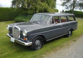 Прикрепленное изображение: Mercedes-Benz 230 (W110) Station Wagon-1966.01.jpg