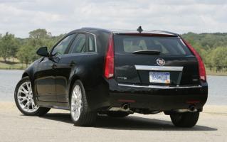Прикрепленное изображение: Cadillac CTS Sport Wagon - 2011.02.jpg