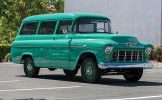 Прикрепленное изображение: Chevrolet Suburban Carryall - 1955.07.jpg