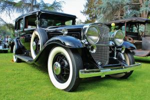 Прикрепленное изображение: Cadillac Series 452 V-16 Imperial Sedan - 1930.04.jpg