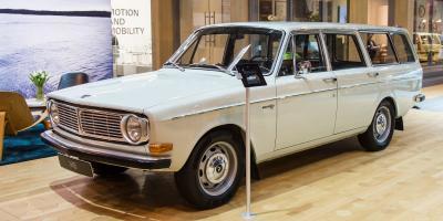 Прикрепленное изображение: Volvo 145 Estate-1968.05.jpg