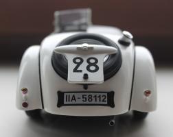 Прикрепленное изображение: BMW 328 - szadi.jpg