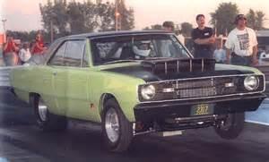 Прикрепленное изображение: 69 Dodge Dart 426 Hemi, th.jpg