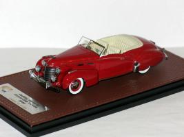 Прикрепленное изображение: Cadillac Series 62 Convortible Victoria Cabrio 1940 001.JPG