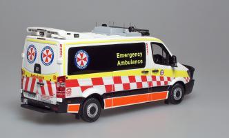 Прикрепленное изображение: Sprinter NSW Ambulanse (1).jpg