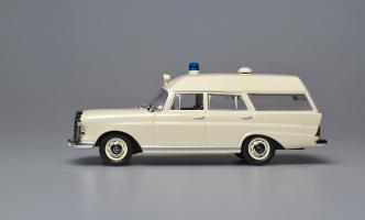 Прикрепленное изображение: 200 D W110 Binz Ambulance 1965. IXO (2).jpg