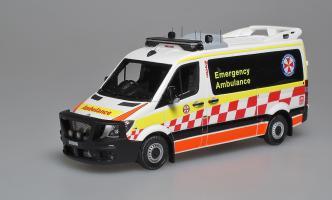 Прикрепленное изображение: Sprinter NSW Ambulanse (Australia) 2016 Signal 01.jpg