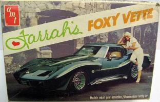 Прикрепленное изображение: 159438744_george-barris-farrah-fawcett-corvette-voxy-vette-amt-kit.jpg
