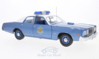 Прикрепленное изображение: Plymouth Fury Police Pursuit, metallic-blau, Smokey and the Bandit, 1975, Arkansas State Police.jpg