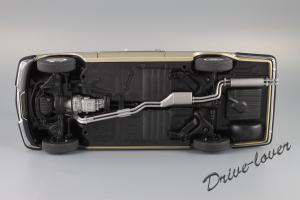 Прикрепленное изображение: Mercedes-Benz 280 C W114 Autoart 76186_13.JPG