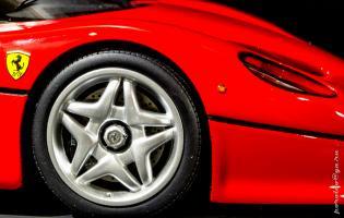 Прикрепленное изображение: Ferrari F50-10.jpg