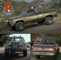 Прикрепленное изображение: 13560 1-18 Fall Guy Stuntman Association - 1982 GMC K-2500 Sierra Grande Wideside.jpg