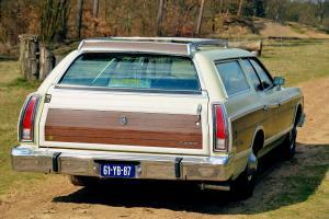 Прикрепленное изображение: Fordcountry19741b.jpg
