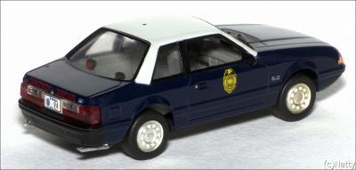 Прикрепленное изображение: 1991 Ford Mustang LX 5.0L SSP Kansas Highway Patrol - White Rose Collectibles - DEDGM99107WIN - 2_small.jpg