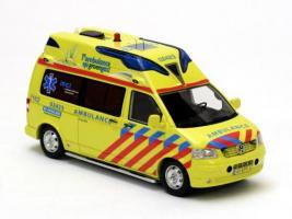 Прикрепленное изображение: VW T5 Ambulance Fryslan. 2010.jpg
