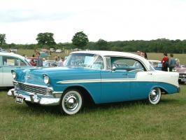 Прикрепленное изображение: Chevrolet Bel Air Sport Sedan 1956.jpg