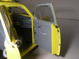Прикрепленное изображение: Ford Deluxe Fordor Sedan 1950 (Precision Miniatures) (26).JPG