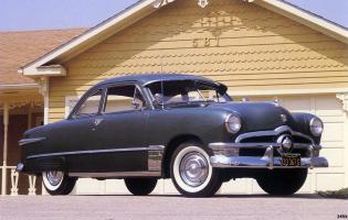 Прикрепленное изображение: Ford Deluxe Coupe 1950.jpg