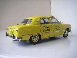 Прикрепленное изображение: Ford Deluxe Fordor Sedan 1950 (Precision Miniatures) (2).JPG