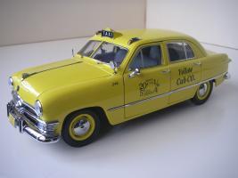 Прикрепленное изображение: Ford Deluxe Fordor Sedan 1950 (Precision Miniatures) (6).JPG