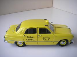 Прикрепленное изображение: Ford Deluxe Fordor Sedan 1950 (Precision Miniatures) (10).JPG