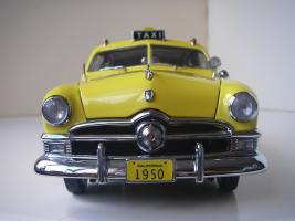 Прикрепленное изображение: Ford Deluxe Fordor Sedan 1950 (Precision Miniatures) (15).JPG