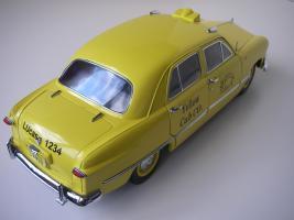 Прикрепленное изображение: Ford Deluxe Fordor Sedan 1950 (Precision Miniatures) (9).JPG