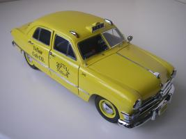 Прикрепленное изображение: Ford Deluxe Fordor Sedan 1950 (Precision Miniatures) (8).JPG