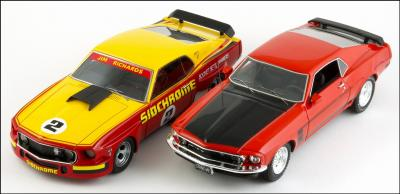 Прикрепленное изображение: 1969 Ford Mustang Boss 302 Calypso Coral Red - Highway 61 - H61-43003 - 8_small.jpg