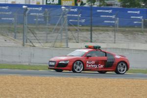 Прикрепленное изображение: Audi R8 safety_2.jpg